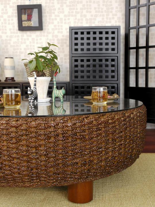 モダンアジアンな籐・ラタン製の座卓
