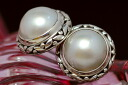 11 mm Mabe Pearl Earrings in antique chic, feminine design an elegant noble