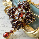 Rokuzan Garnet & Opal brooch pendant chic and elegant red wine of glittering ♪ chains present in the set!