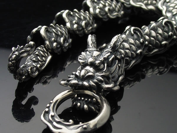 龍水神ブレスレット