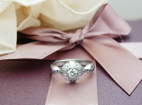... ブライダルリング 婚約指輪