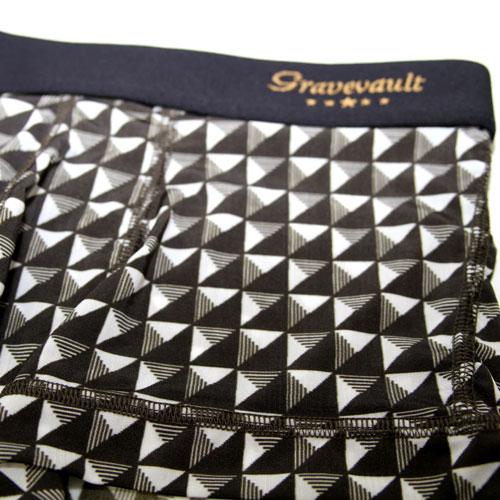Gravevault/Pyramid Studs(ホワイト×チャコール)グレイブボールト
