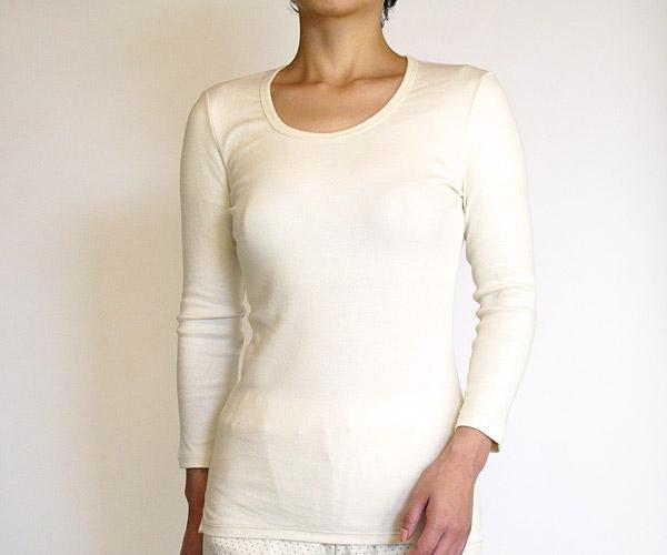 オーガニックコットンの八分袖Tシャツ