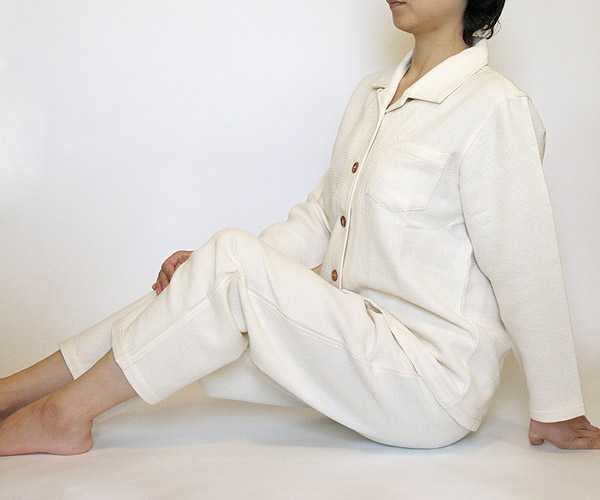 オーガニックパジャマの着用写真
