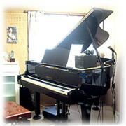 ピアノ練習室 ヤマハグランドピアノG2