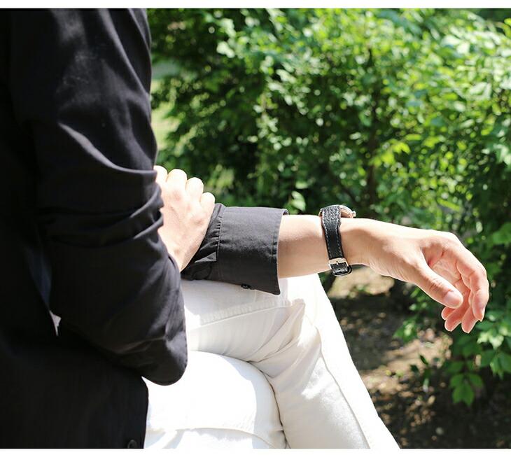 スポーツモデルでありながらファッション性にも優れた時計ベルト