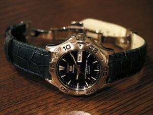 時計ベルトをモレラートのルイジアナに交換したSEIKO 5 SNZ315K