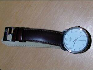 時計ベルトをモレラートのグラフィックに交換したHERMES
