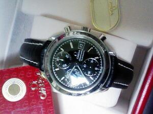 時計ベルトをモレラートのティポブライトリングクオイオに交換したオメガ スピードマスターデイトオートマティック