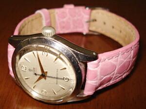 時計ベルトをモレラートのリバプールに交換したTUDORアンティーク