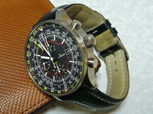 時計ベルトをモレラートのティポブライトリングクオイオに交換したSinn900