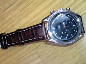 時計ベルトをモレラートのプラスに交換したオメガ スピードマスターファーストレプリカ