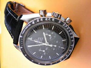 時計ベルトをモレラートのルノワールに交換したオメガ スピードマスタープロフェッショナル