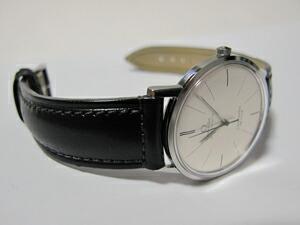 時計ベルトをモレラートのドナテロに交換したオメガ シーマスターデビル