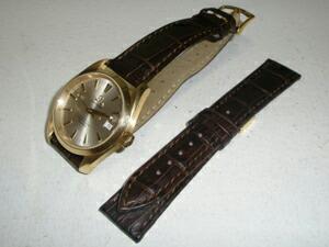 時計ベルトをモレラートのボーレに交換したオメガ シーマスターアクアテラ35mm