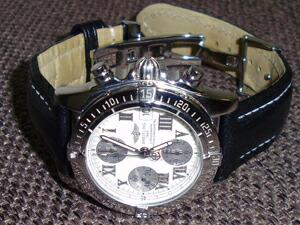 時計ベルトをモレラートのティポブライトリングクオイオに交換したブライトリング クロノコックピット アイボリー