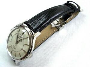 時計ベルトをモレラートのボルテラに交換したOrient Star Classic Vintage
