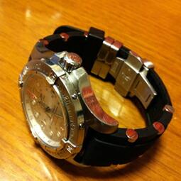 時計ベルトをモレラートのユーフラテに交換したブライトリング スーパーオーシャン スティールフィッシュ