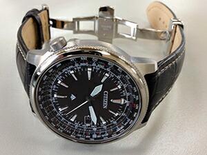 時計ベルトをモレラートのPLUSに交換したCITIZEN PROMASTER CB0130-51E