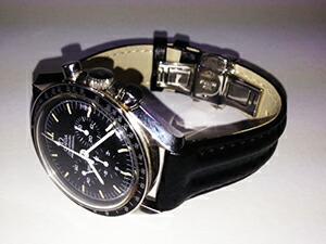 時計ベルトをモレラートのスピードに交換したオメガ スピードマスタープロフェッショナル