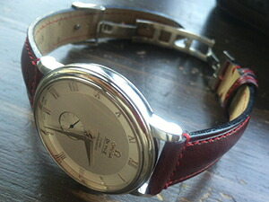 時計ベルトをモレラートのドナテロに交換したオメガ デビル