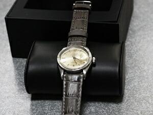時計ベルトをモレラートのボーレに交換したROLEX DATE