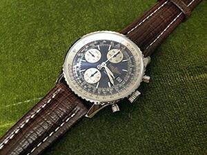 時計ベルトをモレラートのティポブライトリングクオイオに交換したブライトリング ナビタイマー
