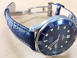 時計ベルトをモレラートのプラスに交換したオメガ シーマスター プロフェッショナル
