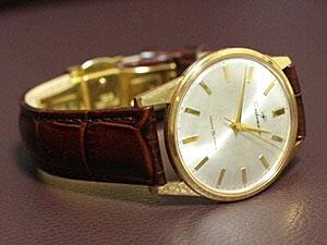 時計ベルトをモレラートのルイジアナに交換したSeikomatic