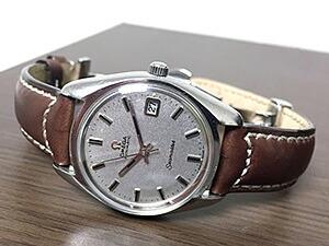 時計ベルトをモレラートのセザンヌに交換したオメガ シーマスター