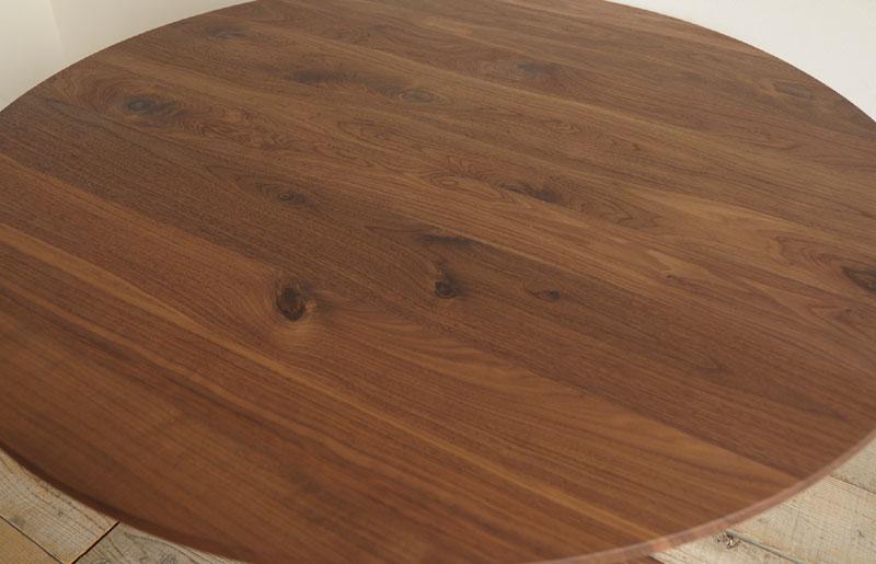 你可以享受与敢跟仿古木, 木纹和纹理的天然木材的各种颜色.