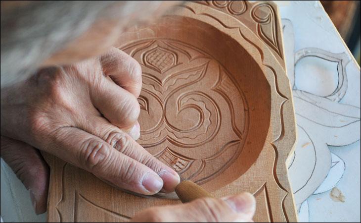 アイヌの木工芸