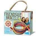 Friendship bracelets 4 m 5-year-old: woman