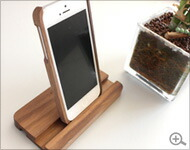It supports the wooden stands for exclusive use of iPhone5, wooden iPhone case of Hacoa
