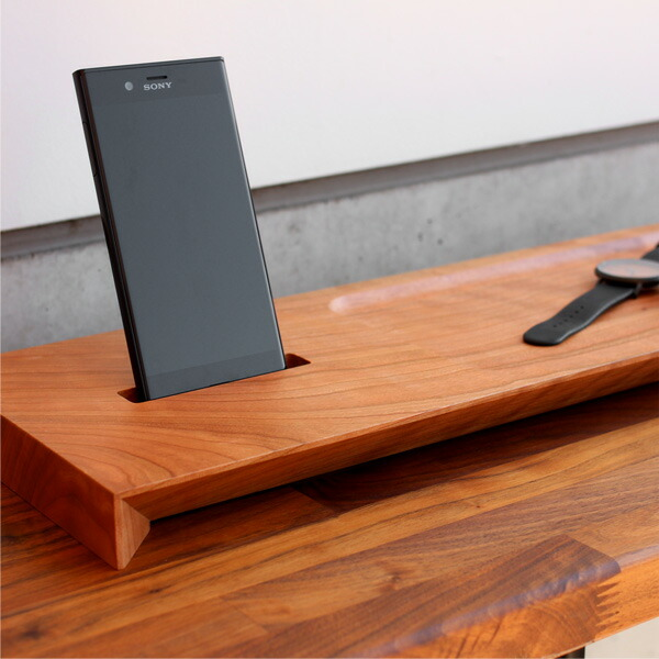 Xperia XZに対応した木製スマートフォンスタンド