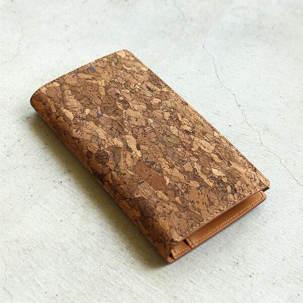コルクレザーを活用した長財布