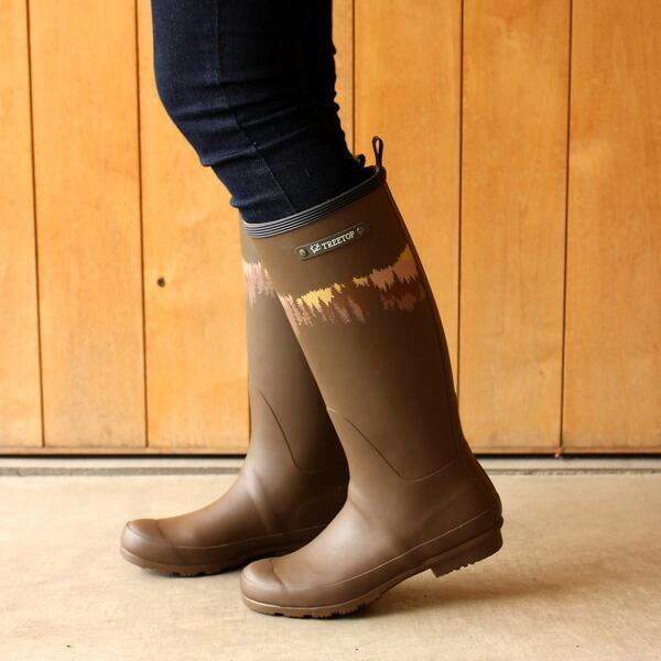 天然ゴム使用で脚にフィットしやすいレディース用長靴
