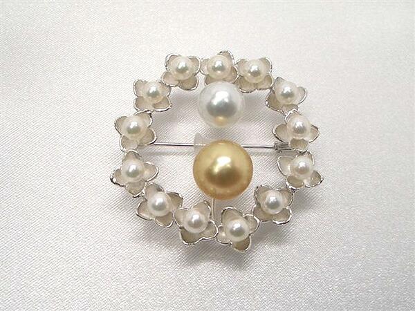 ナチュラルカラー真珠ブローチ