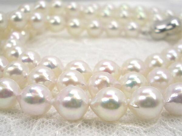 アコヤ真珠セミロングネックレス