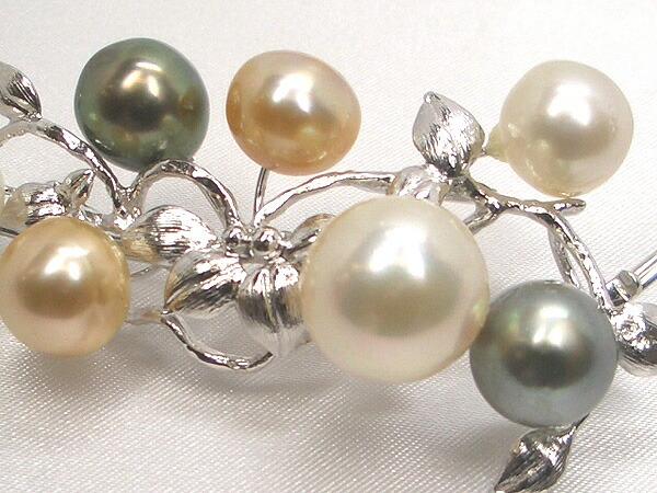白蝶真珠と黒蝶真珠のオメガネックレス