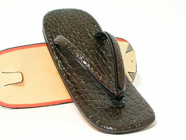 鳄鱼皮底凉鞋(巧克力)