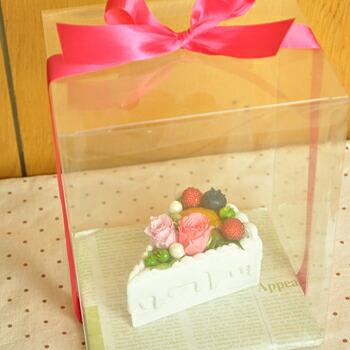 【フラワーケーキ・ピース】プリザーブドフラワーのお店ムニュムニュ【Flower Munyu Munyu】