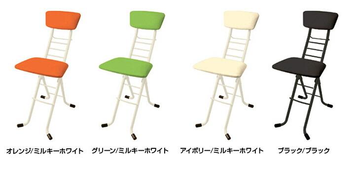 製造は全て日本国内自社工場にて、職人さんの手によって1点1点製造されています。