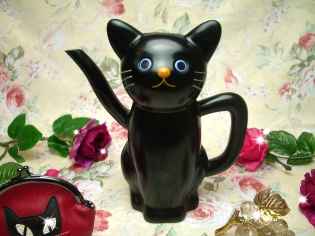 黒猫じょうろ・水差し