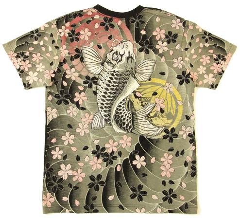 大鲤鱼樱花纹身图案男式衬衫的