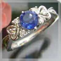 カイヤナイト,ハートに包まれたアンティーク,リング,指輪
