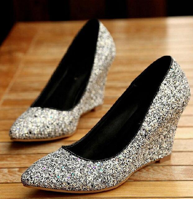ウェッジソールパンプスウェッジラメアーモンドトゥ美脚ハイヒール8.5cm結婚式パーティーエレガント靴