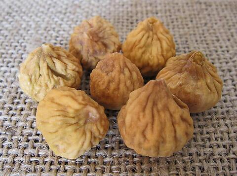 イラン産生いちじく(ドライタイプ)は農薬不使用、無添加、自然乾燥のローフード
