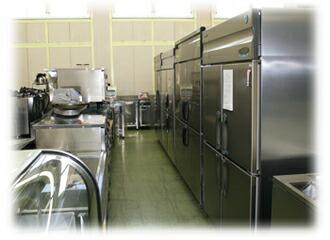 タテ型冷蔵庫展示写真
