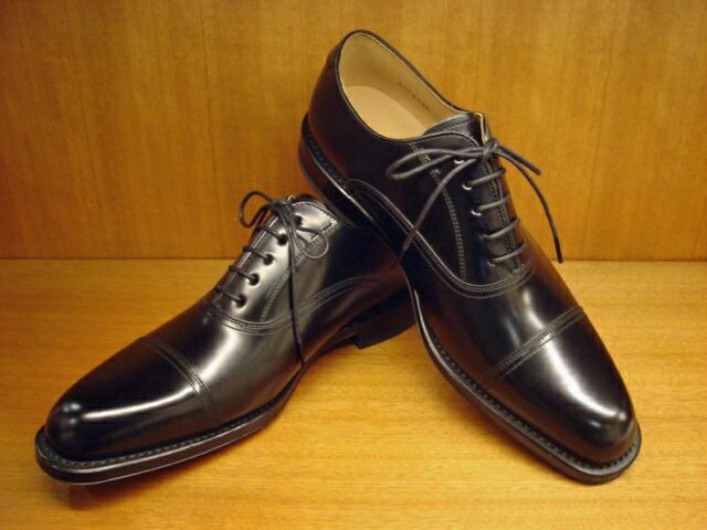 ... リーガルの革靴(ストレート